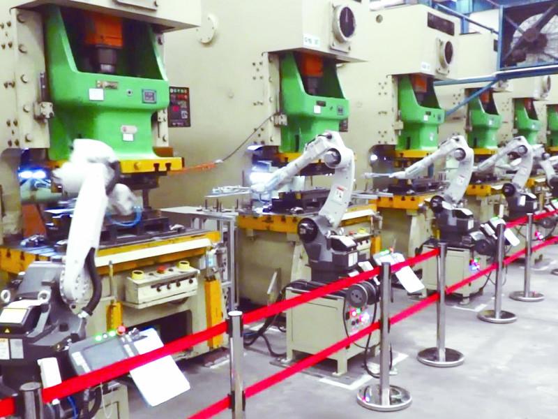 Automatic punching machine punch press line