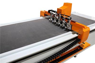 Automatic pre-insulated duct cutting machine VDCM-4013